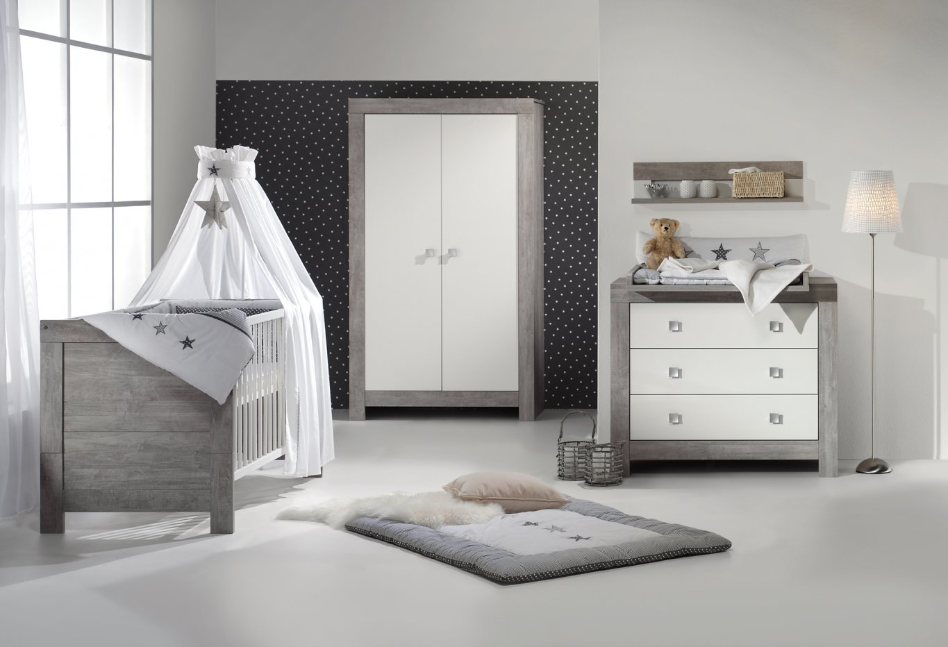 Chambre b b lit commode armoire nordic driftwood schardt for Chambre evolutive bebe